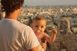 [a viagem à grécia] subir à acrópole com um bebé
